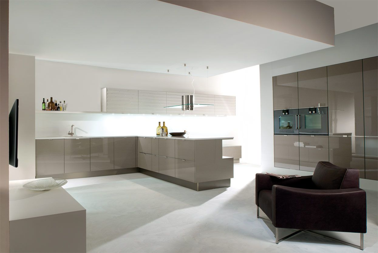 K and I Kitchens -high gloss finish