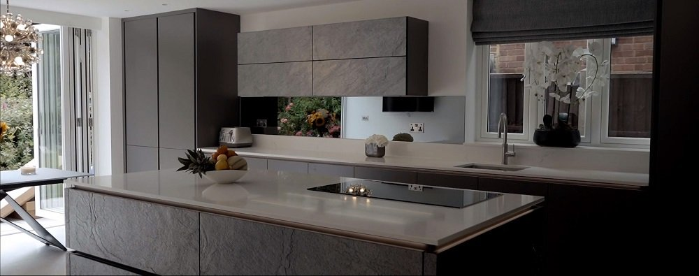 What Are Some Pros And Cons Of A Handle Less Kitchen